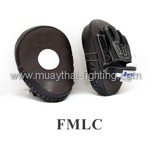 Boon Muay Thai Punching Mitts Curved FMLC