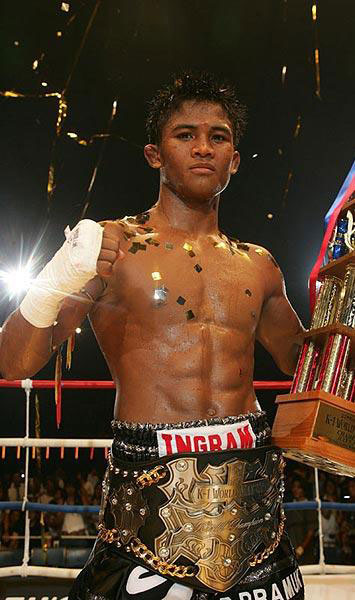 Buakaw Por Pramuk K-1 World Max Champion 2004