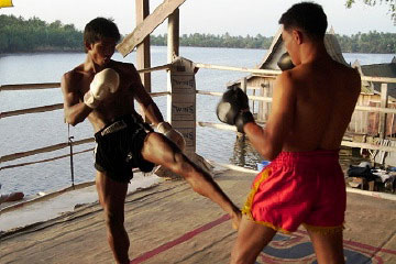 Buakaw Por Pramuk Training