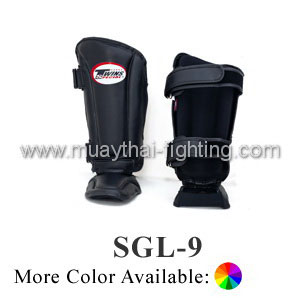 Twins Black Deluxe Contoured Shin Pads SGL-9